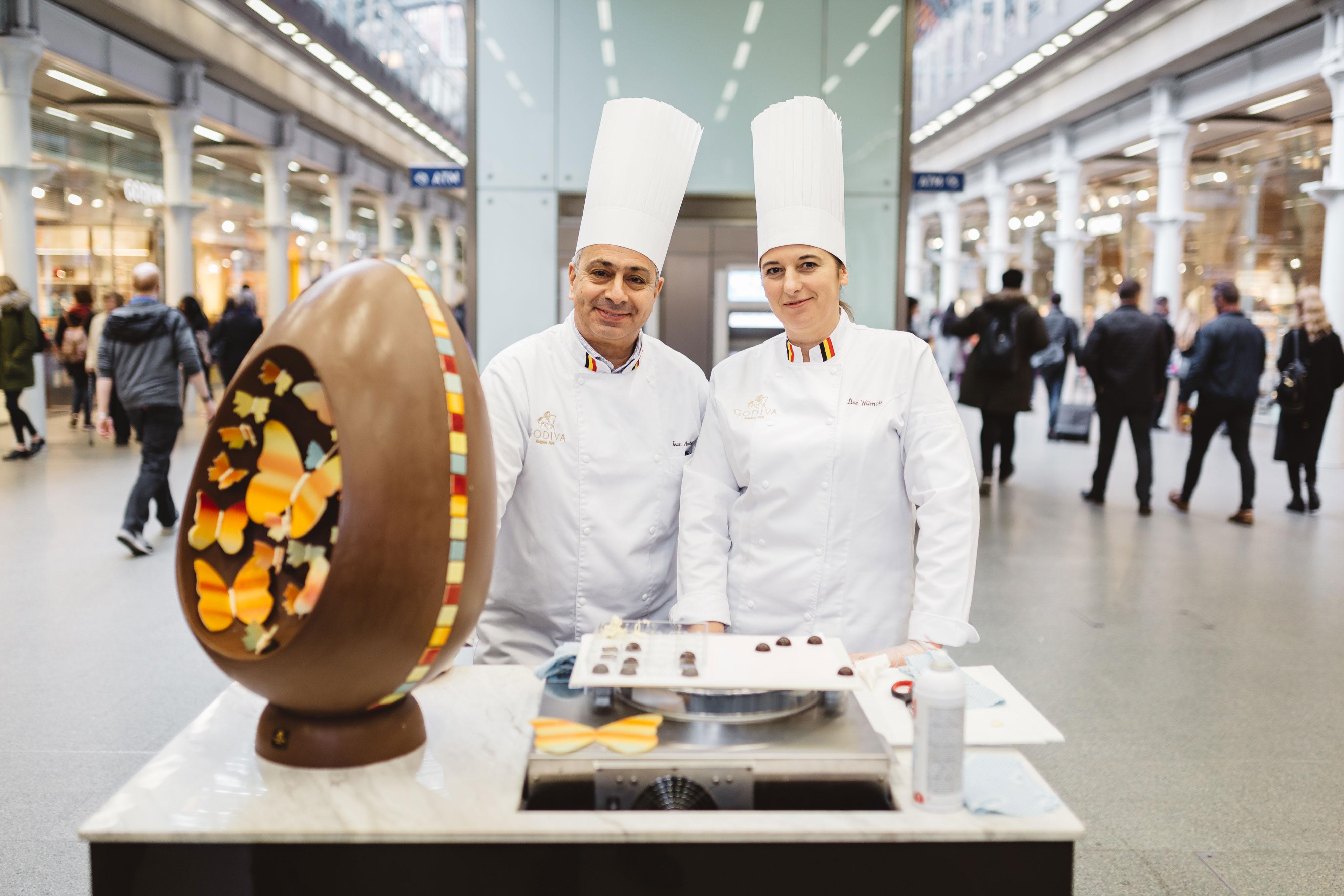2017 Easter Atelier Egg, Godiva